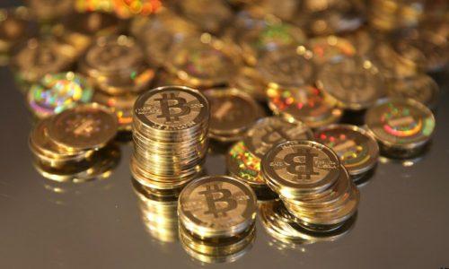 o-bitcoin-facebook-500x300