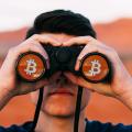 ビットコインに不審な動き、謎の買い支えのうわさ