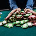 ビットコイン「クジラ」によるバイナンスのCZへの危険な賭け
